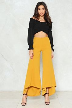 Wide Shot Flare Pants