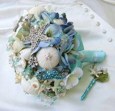 Sea Shell Bridal Bouquet , Seashell Bouquet,Tiffany Blue Bridal Brooch Bouquet, Bridal Bouquet