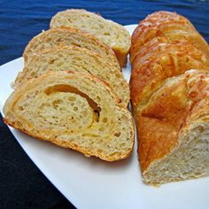 Smoked Asiago and Parmesan Onion Bread