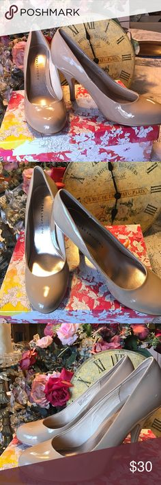 """Lovely brand new classic pumps Chinese Laundry classic neutral pump 4"""" heel. They are patent leather called """"nude"""" new in box never worn. Just very classy. Chinese Laundry Shoes Heels"""
