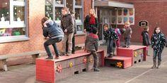 speelplaats ontwerp met zitbakken uit recycling kunststof