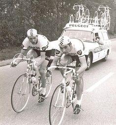 World Champion, Merckx (on his Masi) riding with Ferdi Bracke, 1967 Trofeo Angelo Baracchi TTT