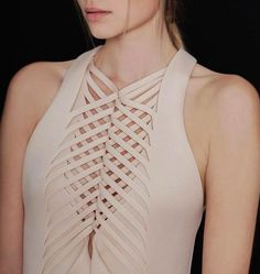 Fabric Manipulation in fashion Fashion Details, Unique Fashion, High Fashion, Fashion Design, Dress Fashion, Fashion Art, Couture Fashion, Style Fashion, Fashion Beauty