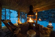 Winterwunder Winter Retreat in Finnland How To Properly Care For Furniture Most of us spend a Winter Cabin, Cozy Cabin, Cozy House, Cozy Winter, Cabin In The Woods, Luxury Holidays, Cozy Place, Bars For Home, Hygge