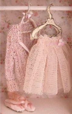 Vintage soft pink                                                       …