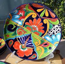 Risultati immagini per platos pintados mexicano Pottery Painting, Ceramic Painting, Ceramic Art, Pottery Patterns, Pottery Designs, Talavera Pottery, Ceramic Pottery, Painted Pottery, Mexican Ceramics
