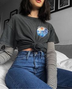 25 Image can contain: one or more people and stripes Grunge Outfits Image people stripes Retro Outfits, Vintage Outfits, Hipster Outfits, Edgy Outfits, Mode Outfits, Girl Outfits, Fashion Outfits, Fashion Vintage, Soft Grunge Outfits