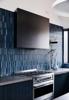 Home Interior Modern .Home Interior Modern Blue Kitchen Tiles, Blue Backsplash, Blue Tiles, Kitchen Backsplash, Splashback Tiles, Concrete Kitchen, Buy Kitchen, Kitchen Tools, Home Interior