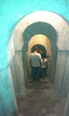 Descubre los pasadizos subterráneos con la Visita General
