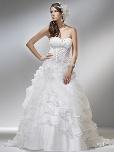Online Sale Graceful Sweetheart Neckline Ruffle Beads Working Organza Satin Court Train Wedding Gown