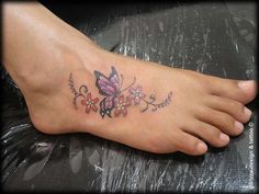 20 Best Tattoo Designs for Women 2019 – Cute Tattoo Ideas - Beste Tattoo Ideen Butterfly With Flowers Tattoo, Butterfly Tattoo Designs, Best Tattoo Designs, Tattoo Designs For Women, Butterflies, Butterfly Design, Monarch Butterfly, Flower Tattoos, Butterfly Colors