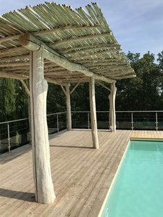 Pergola en bois flotté en Région Toulousaine There are plenty of things that can certainly
