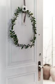 boxwood wreath my scandinavian home: Christmas decorations, Danish style…. Natural Christmas, Noel Christmas, Beautiful Christmas, Simple Christmas, Winter Christmas, Christmas Crafts, Christmas Decorations, Hygge Christmas, Danish Christmas
