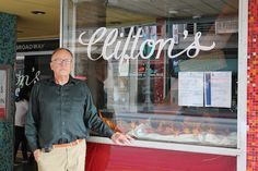10/11/15  Edmond J. Clinton III discusses and signs Clifton's & Clifford Clinton: A Cafeteria and a Crusader | Vroman's Bookstore