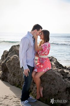 engagement pics at the beach