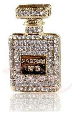 2012 New Style Full crystal No. 5 Golden Perfume Bottle Made for Phone Case Alloy Flatback Accessories DIY supplies Coco Chanel, Chanel No 5, Perfumes Vintage, Glitter Make Up, Parfum Chanel, Beautiful Perfume, Fragrance Parfum, Perfume Fragrance, Chanel Fashion