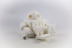 Big build volume. 340x280x320 mm.  robot articulated printed in one piece. Unassembled