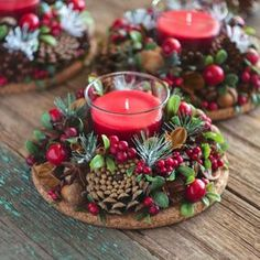 Simple And Popular Christmas Decorations; Christmas Decor DIY The post Simple And Popular Christmas Decorations appeared first on Dekoration. Christmas Candle Decorations, Christmas Candles, Rustic Christmas, Simple Christmas, Christmas Themes, Christmas Wreaths, Table Decorations, Christmas Flowers, Holiday Ideas