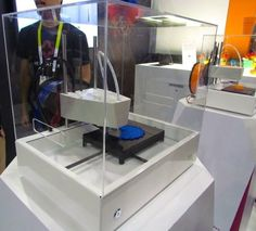 New Matter's Slick MOD-t 3D Printer #3DPrinting #Manufacturing #STEM