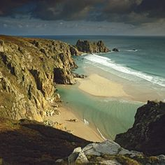 rockandplay:  Logan Rock - Cornwall, England