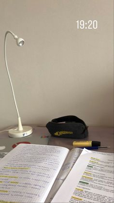 Coffee Study, Study Organization, Study Pictures, School Study Tips, Study Space, Study Hard, Study Inspiration, Studyblr, Study Notes