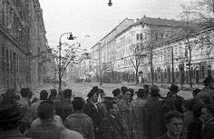 Üllői út a körút felé nézve, balra a Kilián laktanya, jobbra a Kisfaludy utca torkolata. Utca, Budapest, Bali, Louvre, Street View, Building, Travel, Viajes, Buildings