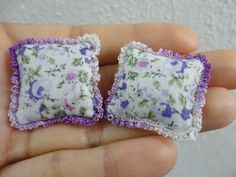 Two miniature cushions in white and purple with crochet by MiniGio