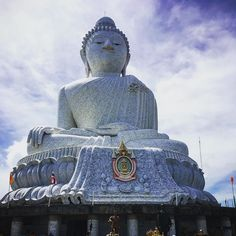 Big Buddha Phuket. They definitely gave this Temple an apt name     #bigbuddha #phuket #thailand #buddha #views #mountains #buddhism #skyline #iphonecamera #beautifuldays #travelgram #instatravel #travelgram #girlswhotravel #grateful #thankful #losthomebird #sheisnotlost
