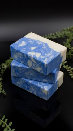 Cologne soap for men. Vegan Soap, Etsy Crafts, Organic Beauty, Cologne, Gifts For Dad, Decorative Boxes, Artisan, Bar, Medium