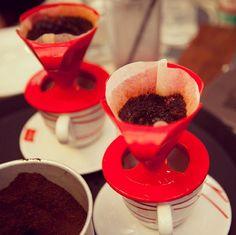 Tá indo passar um café pra você? Esse porta-filtro é ideal pra uma xícara. #coffee #comfiltro #Melitta #coado