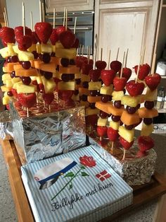 Wedding Food Bars, Bridal Shower Planning, Brunch Party, Snacks Für Party, Baking Cups, Recipes From Heaven, Apple Recipes, Dessert Table, Brunch Recipes