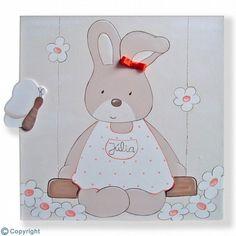 Cuadro infantil personalizado: Conejita en un columpio (ref. 19092-01)