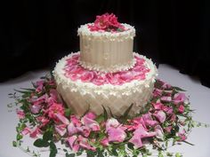 2 tier wedding cake with roses, gumpaste forget me nots and lattice piping — Round Wedding Cakes