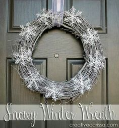to Make a Snowy DIY Winter Wreath Snowy wreath will last beyond Christmas into February - so cute!Snowy wreath will last beyond Christmas into February - so cute! Noel Christmas, All Things Christmas, Winter Christmas, Wreath Crafts, Diy Wreath, Diy Crafts, Door Wreaths, Grapevine Wreath, Recycled Crafts