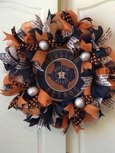 Special Order Finished size Products may vary depending upon embellishment, ribbon and mesh availability Dallas Cowboys Wreath, Baseball Wreaths, Sports Wreaths, Wreath Boxes, Patriots Fans, Wire Wreath, Houston Astros, Big And Beautiful, Stuff To Do