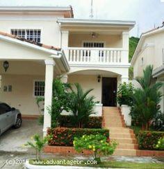 advantagebr.com - EA Improved :: Preciosa casa de 225 Mts2, 3 Recamaras, 2.5 baños, Terraza y Balcon en Comunidad Cerrada!