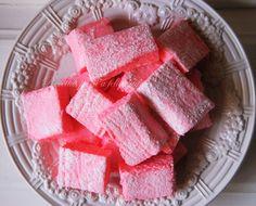 Marshmallows (Cuisine Companion)