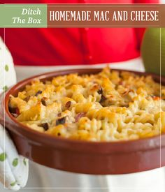 Get ready to taste the best homemade mac and cheese! If you've been eating it from the box, I promise you'll ditch it after trying this easy homemade mac and cheese recipe. Cheesy Mac And Cheese, Making Mac And Cheese, Mac And Cheese Homemade, Mac Cheese, Creamy Cheese, Macaroni Cheese, Cheese Sauce, Homemade Food, Side Recipes