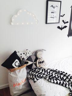 The Little Design Corner | Monochrome | Modern styling | Nordic | Scandi | Modern kids room | Black and white kids room | Playroom ❥