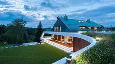 The Edge Home: A Intelligent Design on a Mountain in Poland - http://www.house-decoratingideas.com/the-edge-home-a-intelligent-design-on-a-mountain-in-poland