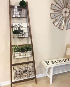 Who else loves functional decor!This leaning basket ladder is perfect for an entryway or even bathroom storage ? Home Decor Baskets, Diy Home Decor, Living Room Storage, Living Room Decor, Dining Room, Wooden Ladder Decor, Farmhouse Furniture, Farmhouse Decor, Decor Styles