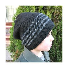 Love this knit hat! Free pattern