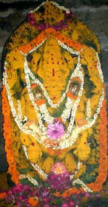 Hassan Holalu yoga narasimha temple