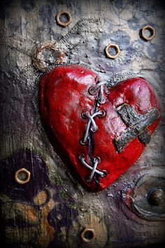 Steampunk Art Gears Broken Heart Paper Mache di pixiesinthehouse