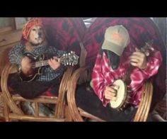 """The Bluegrass Dogs, Mrs. Molly and her loving husband Smoke, play """"Dueling Banjos"""" like only a couple of Dogs could. Funny Animal Videos, Videos Funny, Funny Animals, Cute Animals, Dog Videos, Dueling Banjos, Bluegrass Music, Dog Stories, Two Dogs"""