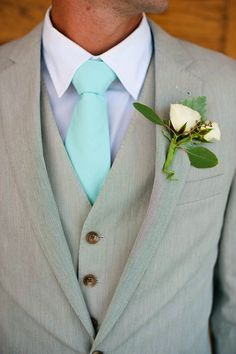 Groomsmen fo sho maybe in grey suits