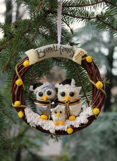 Personalized Christmas family wreath, holiday wreath, Christmas ornament with owls