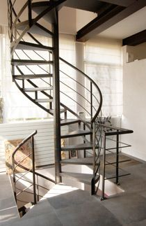 1000 images about escalier on pinterest spiral staircases spiral stair an - Escalier helicoidal bois metal ...