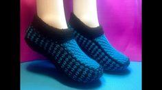 Deb Parrot shared a video Crochet Dress Girl, Crochet Shoes, Crochet Baby Booties, Knit Crochet, Knitting Socks, Baby Knitting, Knitted Slippers, Knitting Videos, Sock Shoes