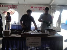 Oyster Shucking at the #PEI #International #Shellfish #Festival. www.fallflavours.ca